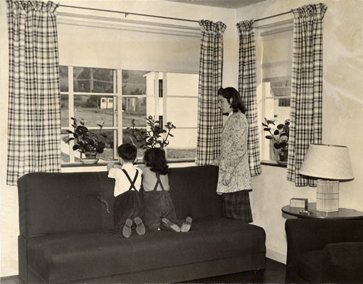 Donald Sanchez, Frances Bonnici and Mrs. Alice Stinchcomb in an apartment at the Sunnydale housing project 1941 AAD-6108.jpg
