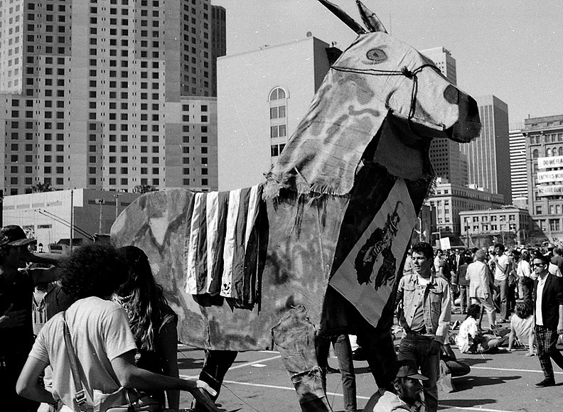File:Trojan-donkey-at-Moscone.jpg