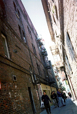 Chinatwn$ross-alley-1995.jpg