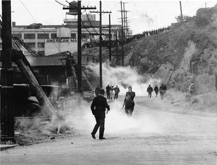 Image:Police-using-tear-gas-against-striking-longshoremen-on-Rincon-Hill-aad-5140.jpg