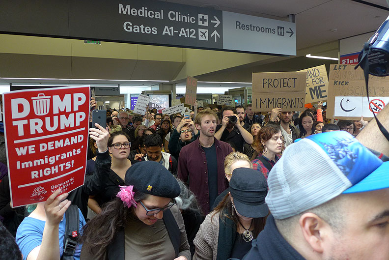 Jan-29-2017-sfo-protest-P1090267.jpg