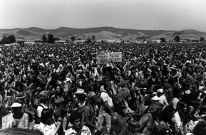 Diablo-30000-crowd-SLO-6-30-79-NO-nuke-RALLy-jessica-collett.jpg