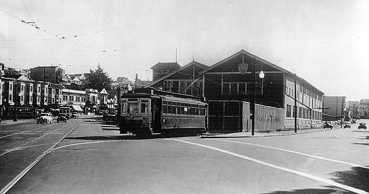 Carbarn-and-trolley-on-Mission-near-29th-1937.jpg