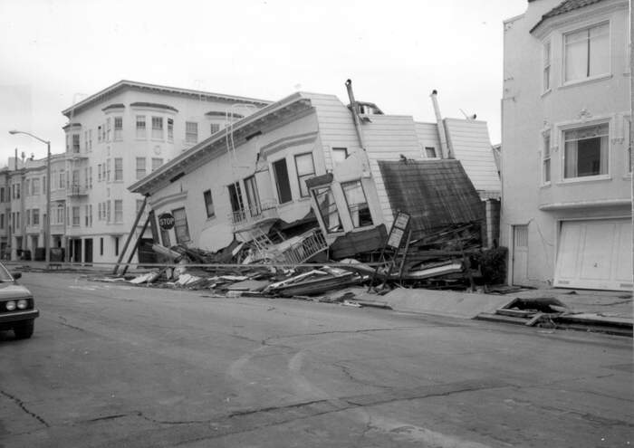 san francisco 1906 earthquake essay At 5:12 am on april 18, 1906, a great earthquake broke loose, with an epicenter near san francisco violent shocks punctuated the shaking, which lasted some 45 to 60 seconds.