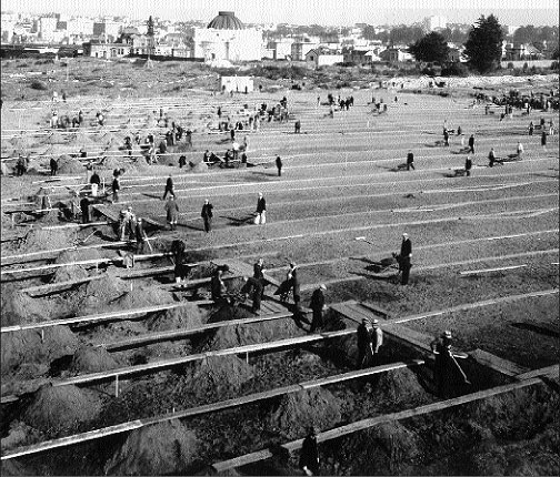 1933-clearing-Odd-Fellows-Cemetery-for-Rossi-Playground.jpg