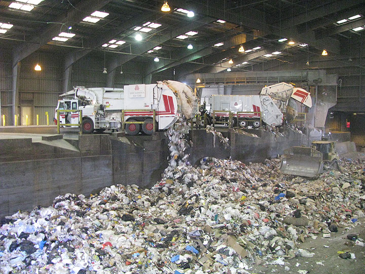Trucks-dumping-at-transfer-station 6818.jpg