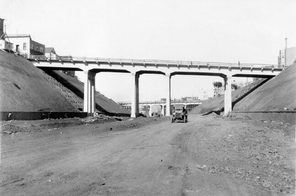 Bernal Cut, Richland Avenue and Miguel Street Bridge oct 18 1929 AAA-9913.jpg