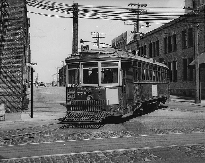27-streetcar-at-Bryant-and-Alameda-1930s 72dpi.jpg