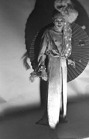 Photo-4-Link-as-Anna-Mae-Wong.jpg