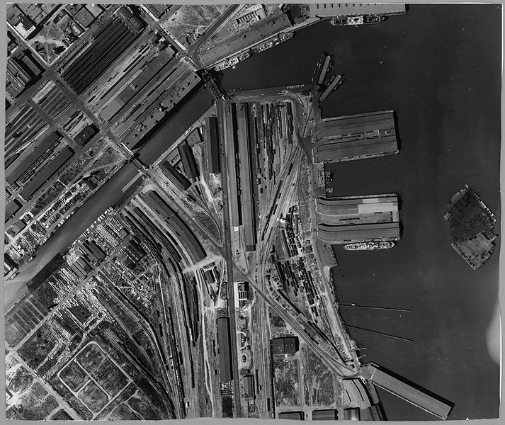File:Mission-Bay-railyards-1938 5852015.jpg
