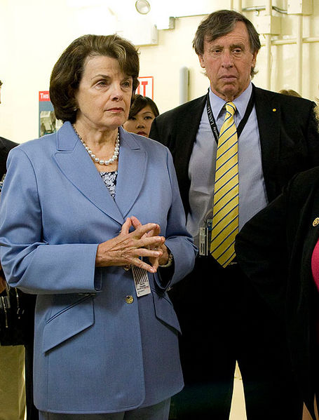 File:Sen-Dianne-Feinstein-UC-Regent-Chairman-Richard-Blum-listen-as-National-Ignition-Facility-Director-NIFdedication 06 high res.jpg