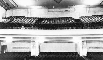 Palace-Theater-balcony-seating.jpg