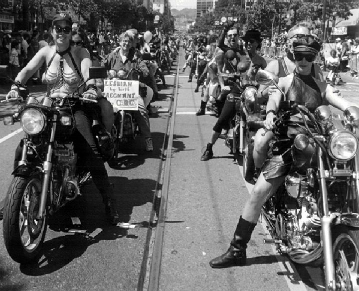 Gay1$dykes-on-bikes-parade.jpg