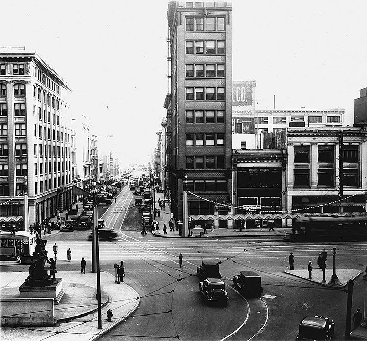 Southeast-across-Market-from-Battery-to-First-Street-Nov-10-1936-SFDPW.jpg