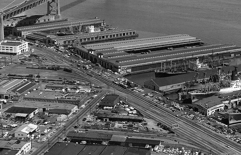 File:South-beach-piers-and-railyards-off-Embarcadero-c-1972-courtesy-Jimmie-Shein.jpg
