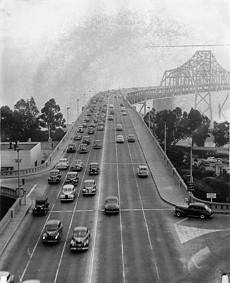 Bw 6 lanes on bay bridge 1946 AAD-2274.jpg
