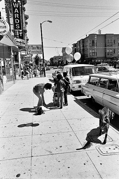 File:Mission-Street-south-from-near-23rd-El-Tico-Nica vertical 1464 Chuck-Gould.jpg