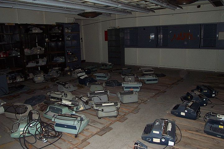 Dead typewriters in cryptography lab 2266018 7391c60a9e o.jpg