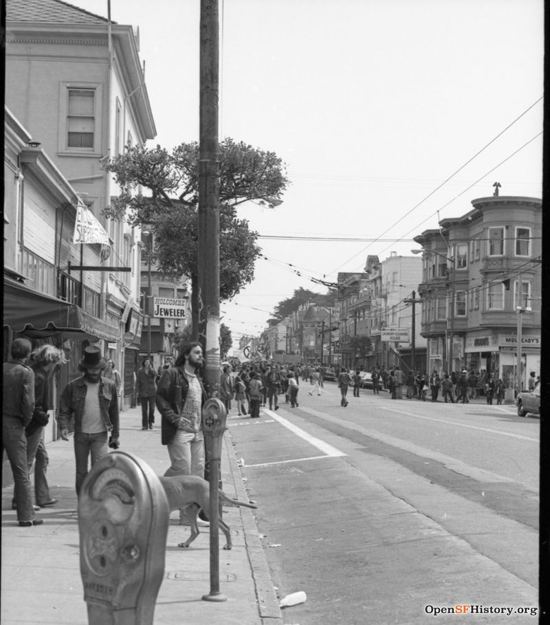 View east on Haight near Ashbury. Anti Vietnam War March, from the Golden Gate Park Panhandle to Kezar Stadium wnp28.3235.jpg