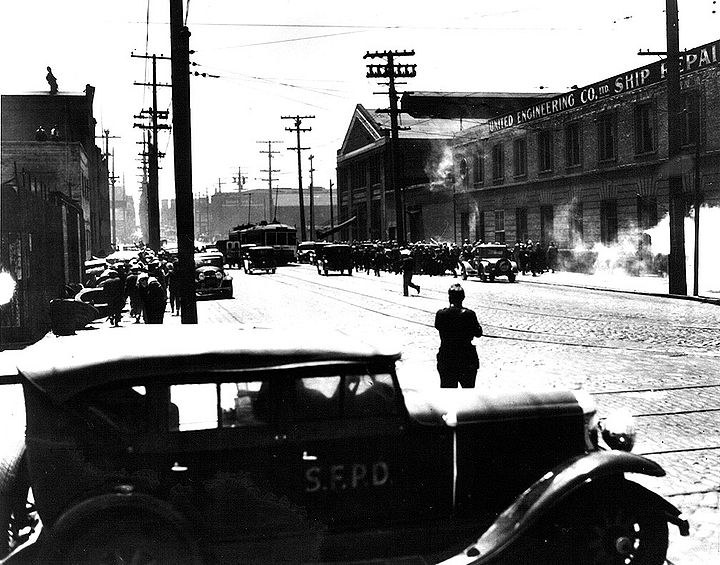 1934-tear-gas-and-squad-car-during-street-battles.jpg