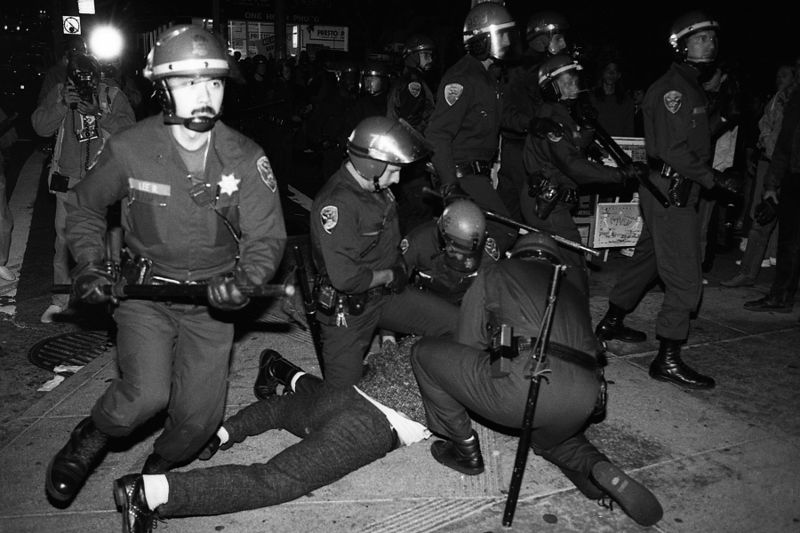 File:Castro sweep cops rushing 10-6-89.jpg