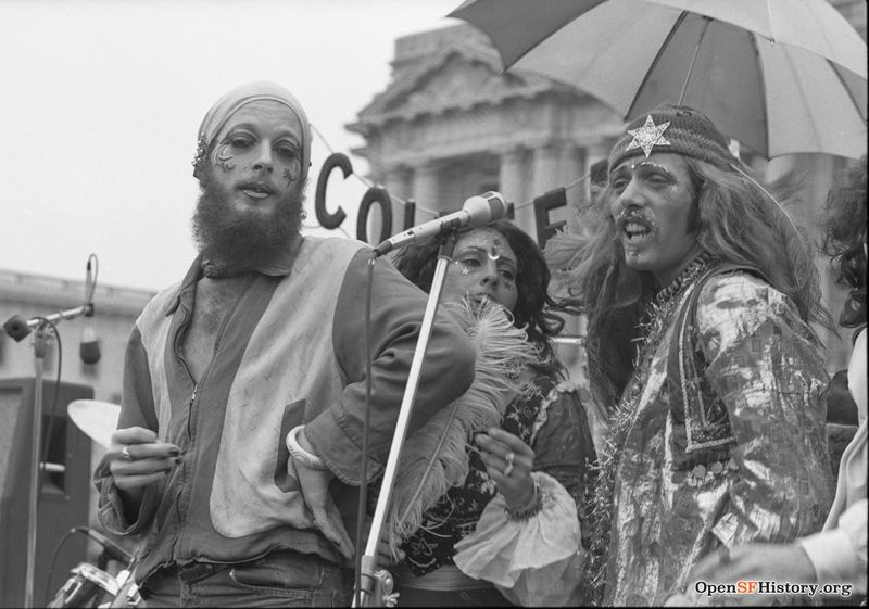 1974 Gay Freedom Day Singers performing, likely part of the band Colefeat wnp72.052.jpg