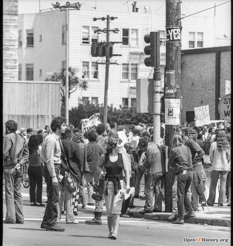 Stanyan and Haight Anti Vietnam War March, from the Golden Gate Park Panhandle to Kezar Stadium wnp28.3259.jpg