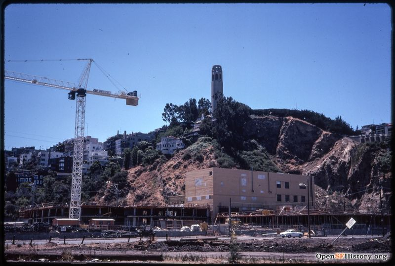 Tel Hill Aug 1974 View from Embarcadero of construction crane, new buildings - Julius Castle - Globe Warehouse wnp25.1081.jpg
