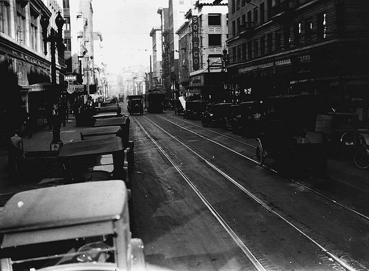 Kearny-north-from-Post-towards-Sutter-March-11-1926-SFDPW.jpg