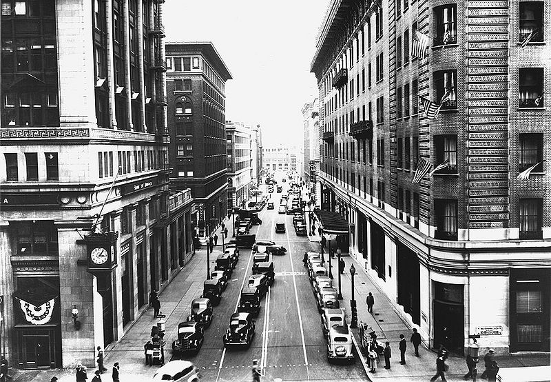 File:New-Montgomery-south-at-Market-Nov-10-1936.jpg