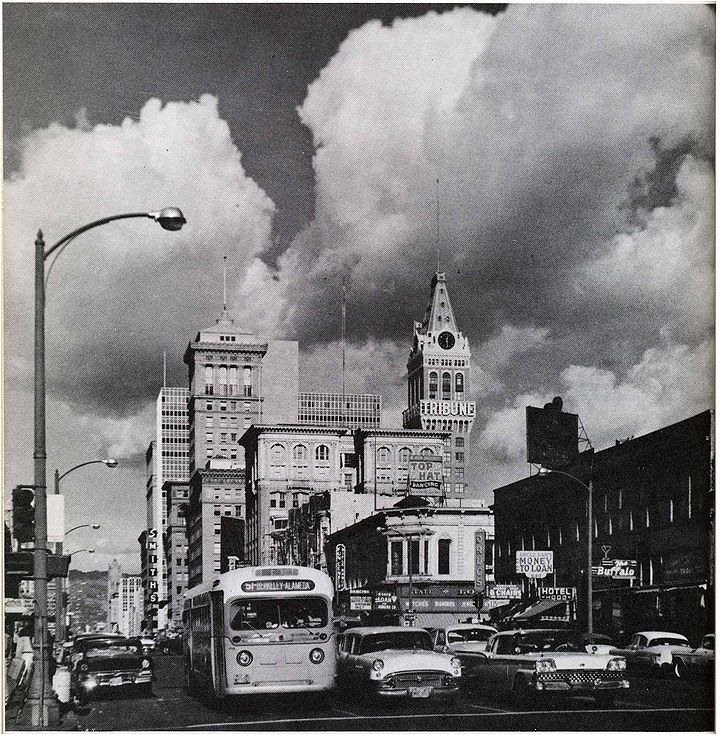 Downtown oakland 1960 via Craig Baxter FB.jpg