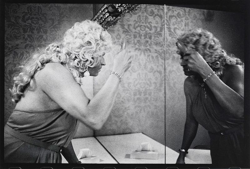 File:The-Gay-Essay-Drag-Queen-1960s-1970s-Black-and-White-Photography-05-1024x692.jpg