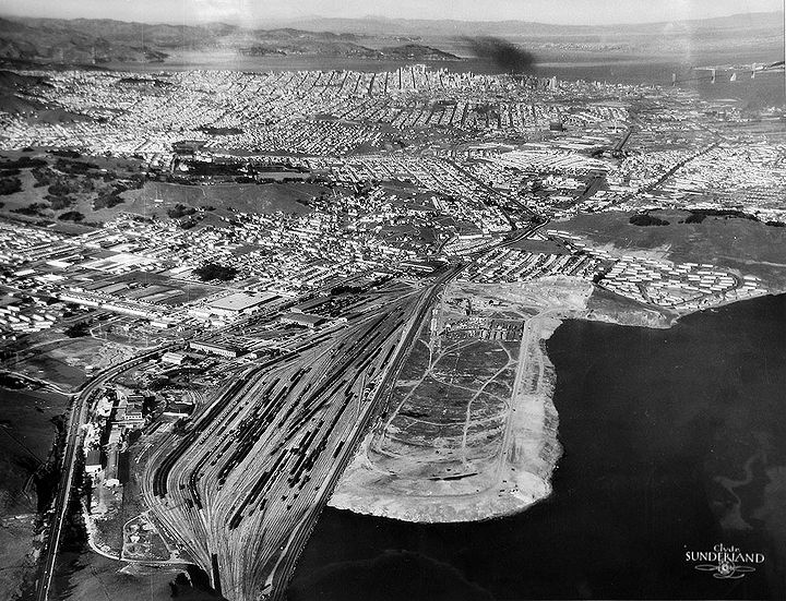 Northerly-view-from-above-SB-Mtn-w-railyards-and-SF-dump 3028.jpg