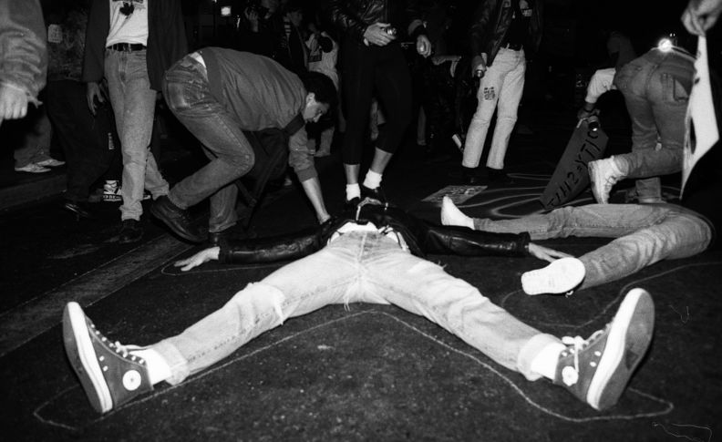 Castro sweep die-in 10-6-89.jpg