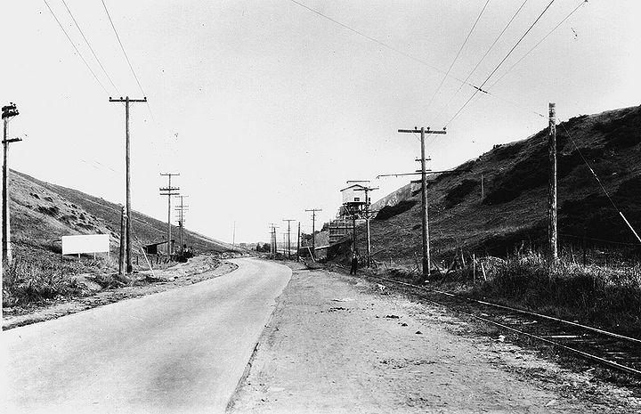 Geneva-Ave-southeast-near-Brookdale-Ave-1928-SFPL.jpg
