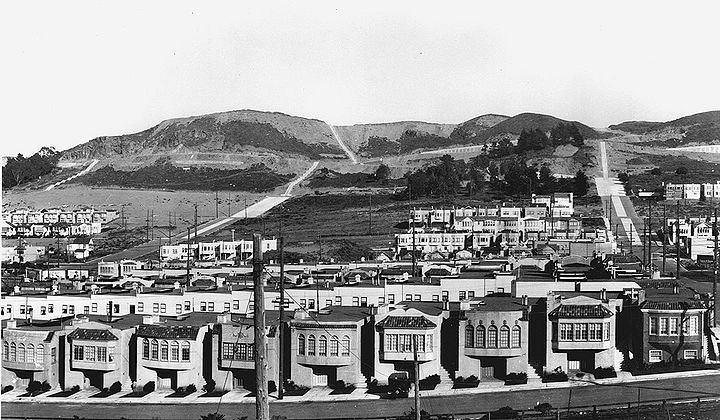East-from-21st-Ave-at-Pacheco-St-Golden-Gate-Hts-in-distance-Feb-16-1928-SFDPW.jpg