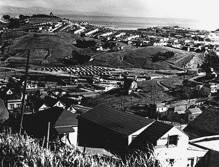 View-east-southeast-from-Bernal-across-Portola-Hunters-Point-and-Bayview-c-late-1940s.jpg