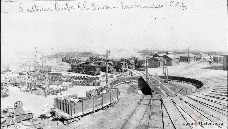 File:SP roundhouse c 1910 wnp33.01021.jpg