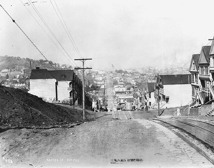Castro-street-north-from-21st-St-Oct-1905.jpg
