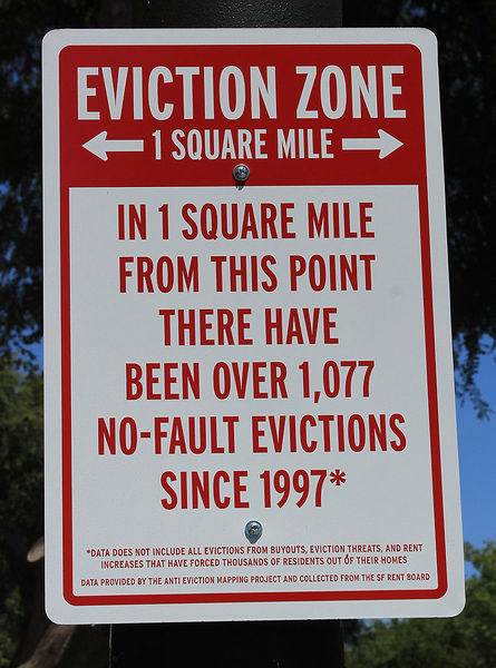File:Eviction-zone-sign 2150.jpg