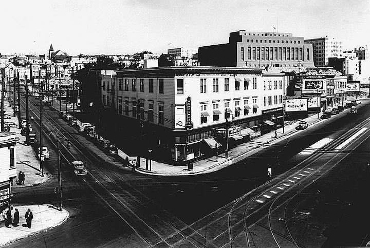 Northeast-at-Market-and-Church-with-Mint-behind-Sept-14-1945-SFDPW.jpg
