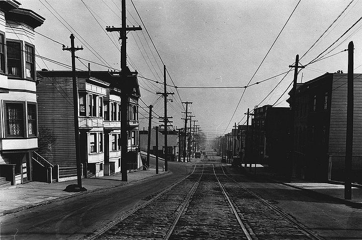 Upper-18th-street-looking-east-towards-Hattie-at-left-1926.jpg